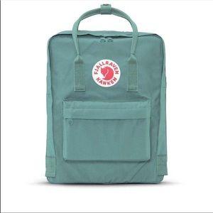 Like new fjallraven kanken backpack